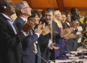 COP21DelegatesStandingplenary